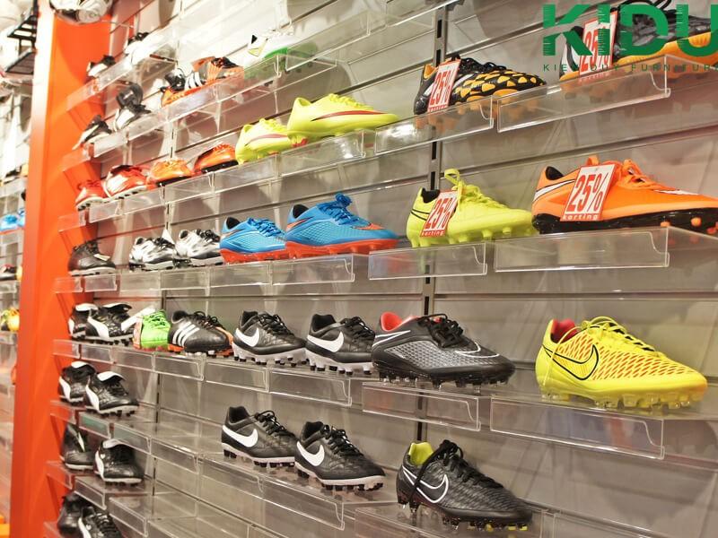 Báo giá thiết kế thi công shop giày 3